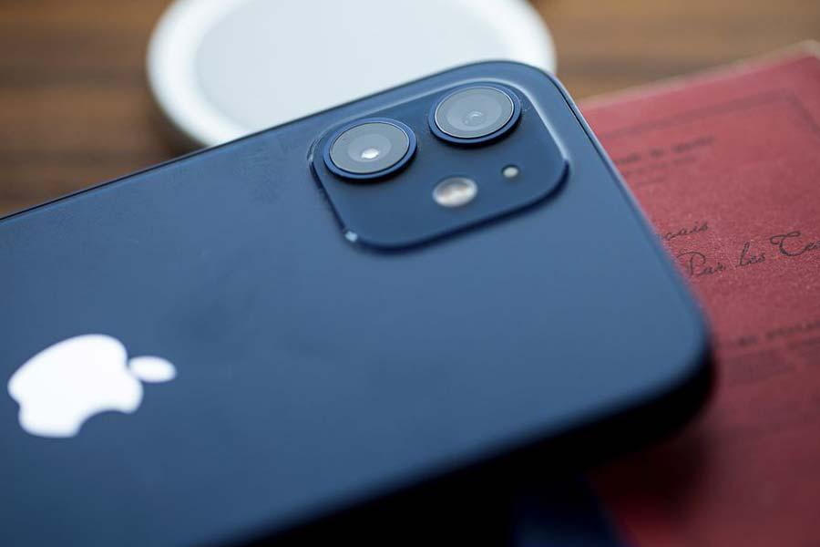 دوربین ایفون 12