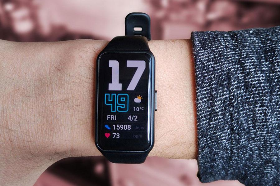 دستبند هوشمند آنر